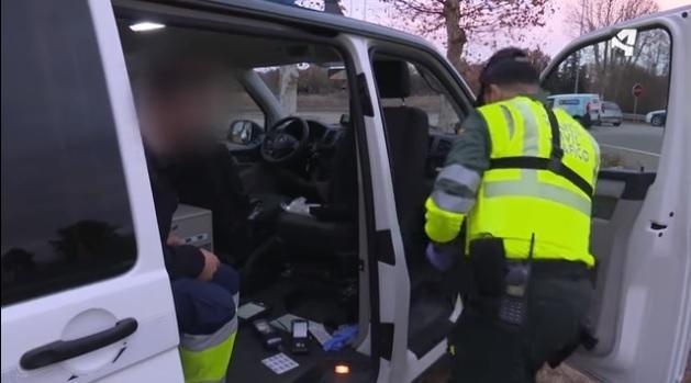 A pesar de los controles, los conductores siguen conduciendo drogados por estupefacientes o alcohol
