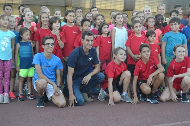 Los más pequeños quieren que la pista se llame 'Mario Mola' (Foto: Ayto Calvià)
