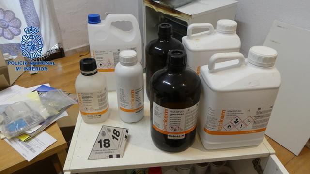 Un laboratorio clandestino en el Rafal Vell (Foto: CNP)