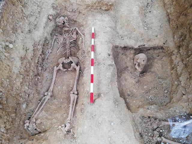 El cuerpo muestra indicios de la represión fascita (Foto: CAIB)