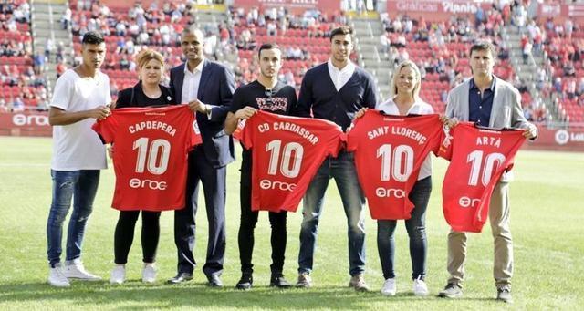 El club rindió tributo al Llevant de la Isla (Foto: RCDM)