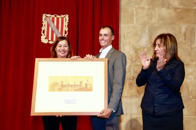 Enric Mas en un momento del homenaje que le han tributado en el Govern balear (Foto: Caib)