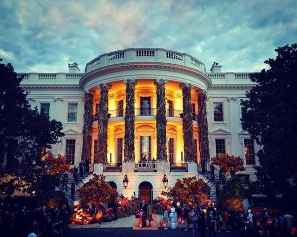 La Casa Blanca. especialmente decorada para la ocasión