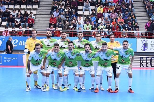 El lesionado Carlos Barrón no formará este domingo junto a sus compañeros (Foto: Palma Futsal)