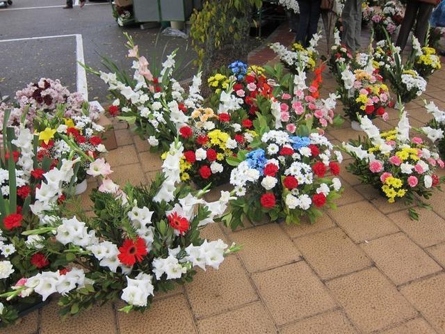 Las lluvias han influido negativamente en la venta de flores (Foto: Europa Press)