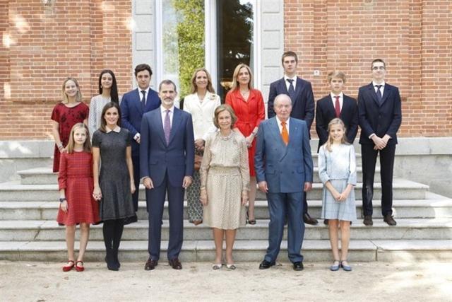 Foto familiar con motivo del 80 cumpleaños de Sofía (Foto: Casa Real)