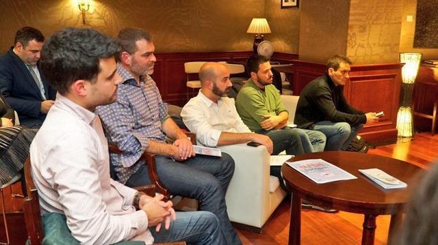 La presidenta del Govern, Francina Armengol, ha participado en encuentro con jóvenes de Balears residentes en Londres (Foto: Twitter)