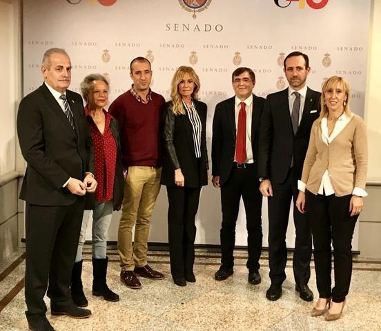 Francesc Antih y los senadores del PP con Teatro con Mallorca