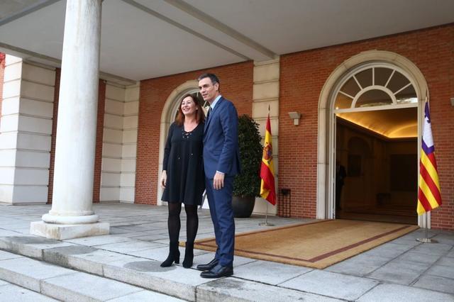 La consellera Cladera explicando cuánto supondrá el REB para Baleares