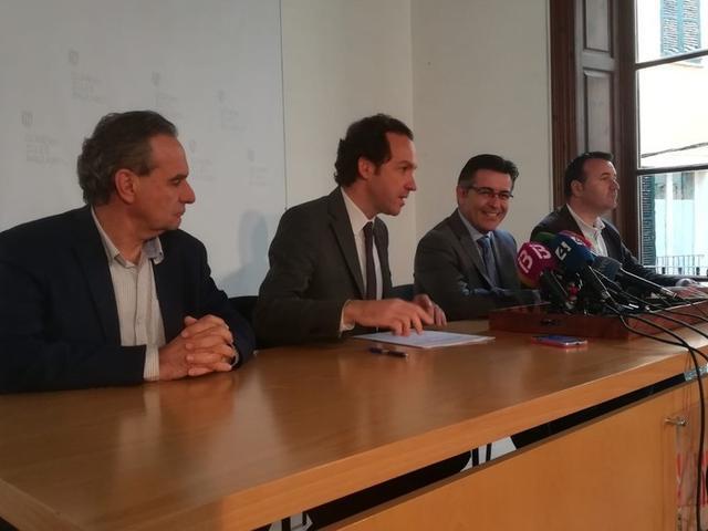 El conseller de Territori, Energia i Mobilitat, Marc Pons, en plena rueda de prensa