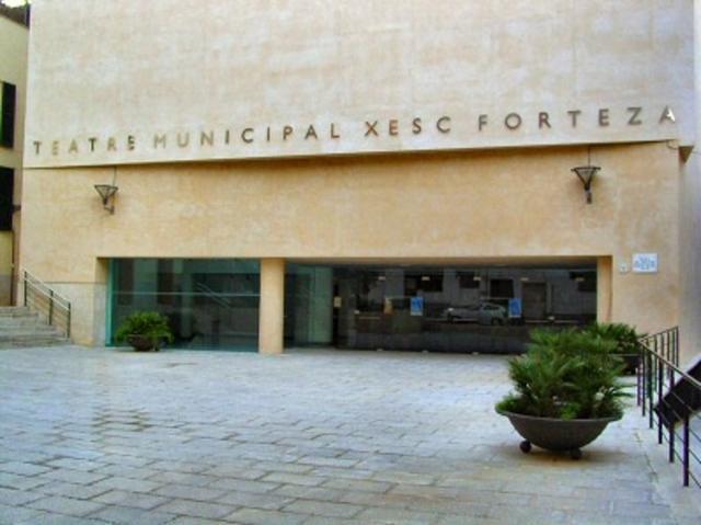 teatre-municipal-xesc-forteza-2