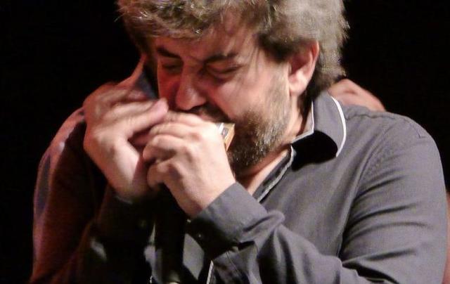 Antonio Serrano, un virtuoso de la armónica