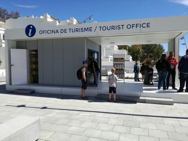 La oficina de información turística abrió sus puertas en mayo de 2017