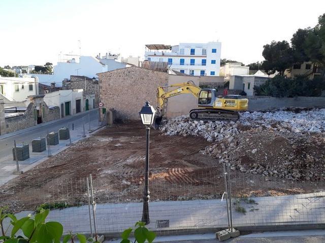 El Hotel Porto Petro ha sido derrumbado este año (Foto: Aj Santanyí)
