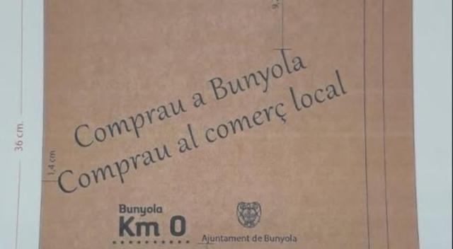 Las bolsas serán repartidas a partir de este viernes (Foto: Ayto Bunyola)