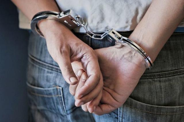 El detenido es un joven español de 23 años con un antecedente penal