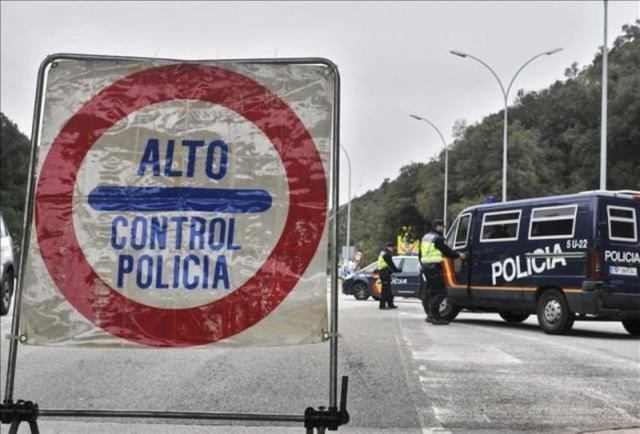policia nacional control policial carretera
