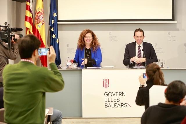 Pilar Costa y Marc Pons durante la rueda de prensa llevada a cabo este viernes (Foto: Caib)