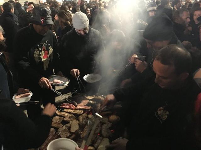 """Miles de personas """"torraran"""" productos autóctonos durante estos días (Foto: Ayto Manacor)"""
