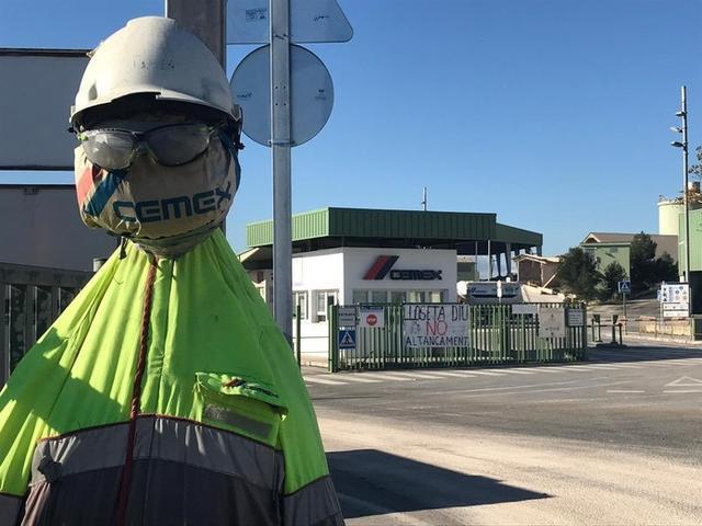 Cemex planteó a mediados del pasado mes de octubre el cierre de dos de sus siete plantas de cemento en España