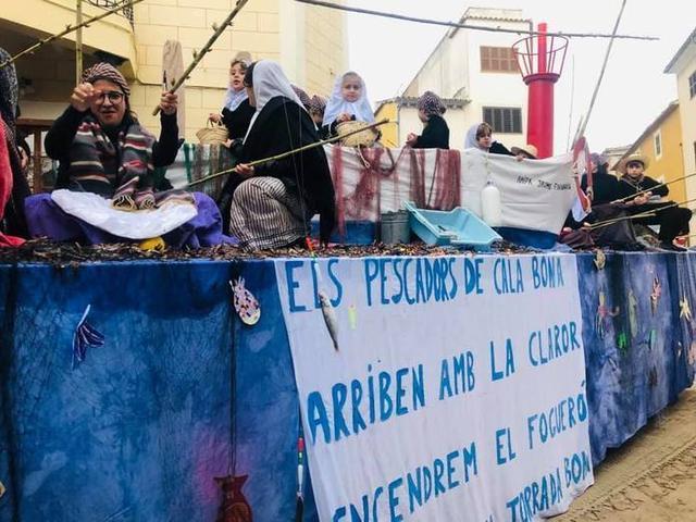 Una de las carrozas participantes (Foto: Ayto Son Servera)