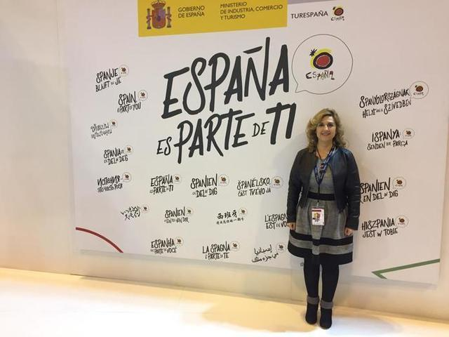 La regidora de Turisme, Antònia Garcías, en Fitur (Foto: Ayto ses Salines)