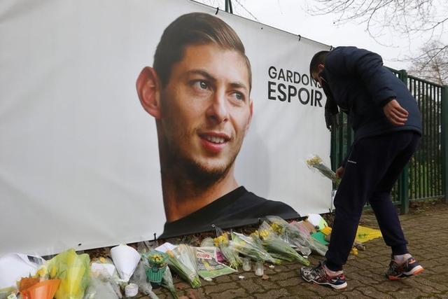 En Nantes, los homenajes no cesan (Foto: Twitter)