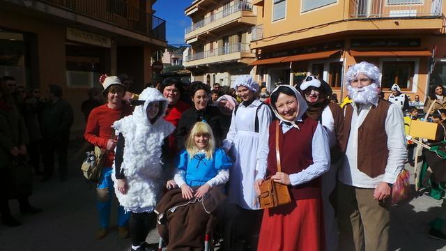 Gente de todas las edades participa del evento (Foto: Ayto Andratx)