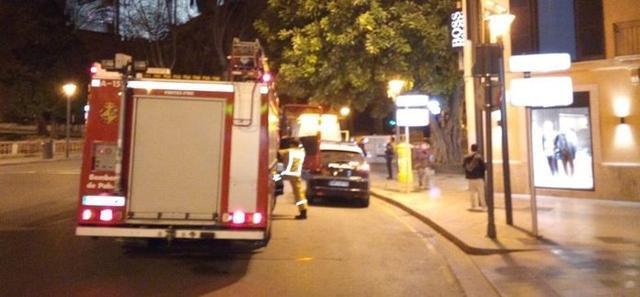 Los Bomberos han ventilado y asegurado la zona (Foto: Bombers de Palma)