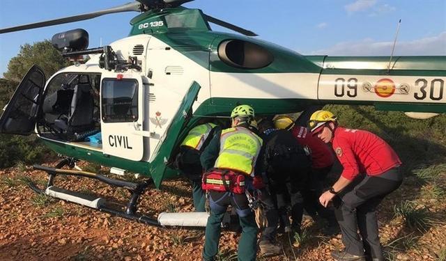 La Unidad de Helicópteros del la Guardia Civil ha rescatado al senderista alemán (Foto: Guardia Civil)