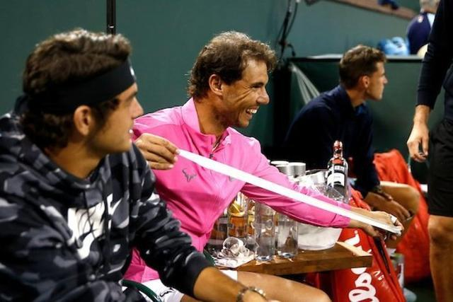 Nadal gastando bromas en el Indian Wells estadounidense (Foto: BNP Paribas Open)