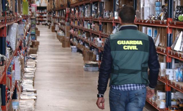 Se han inmovilizado un total de 5.254 productos por no cumplir con la normativa de consumo (Foto: Guardia Civil)