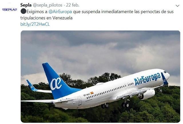 Un avión de Air Europa en el aeropuerto de Caracas (Foto: Puente de Mando)