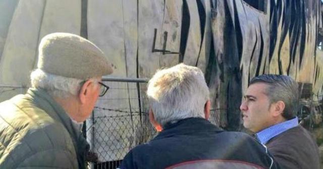 El alcalde de Inca, Virgilio Moreno, ha visitado esta mañana el lugar del siniestro (Foto: Twitter Virgilio Moreno)