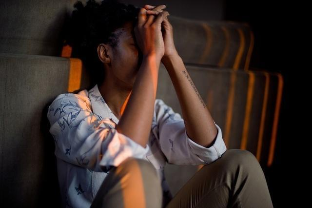 Sueño, tristeza, mayor sensación de enfado y estado de nerviosismo, los principales síntomas de la fatiga