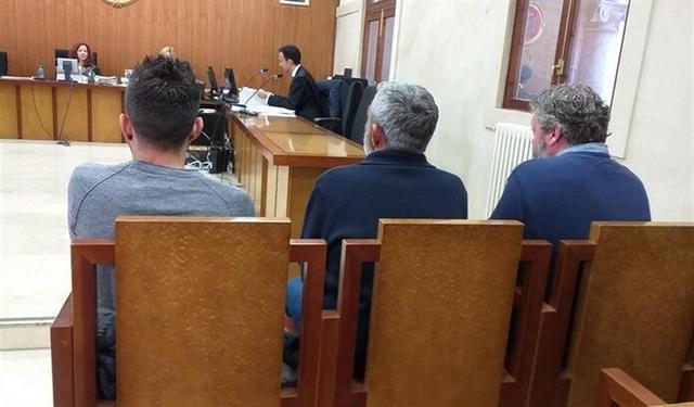Los tres acusados durante el juicio (Foto: EP)