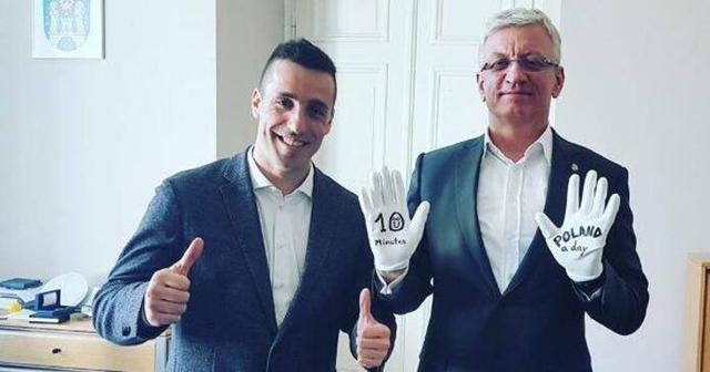 El mallorquín junto al alcalde de la ciudad polaca