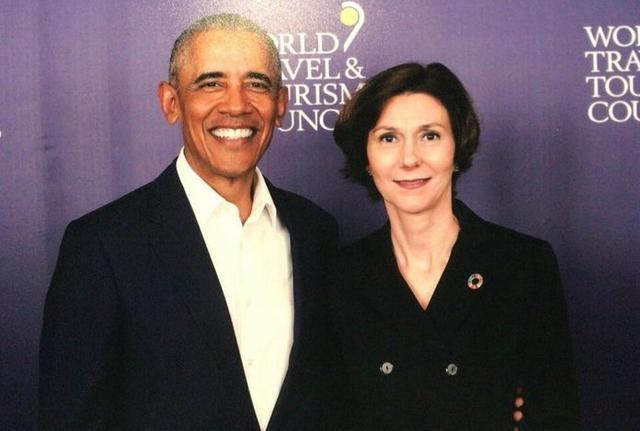 La mallorquina junto a un sonriente Obama (Foto: Twitter)