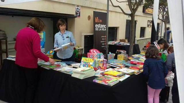 La Mostra de llibres en català cumple este año su octava edición