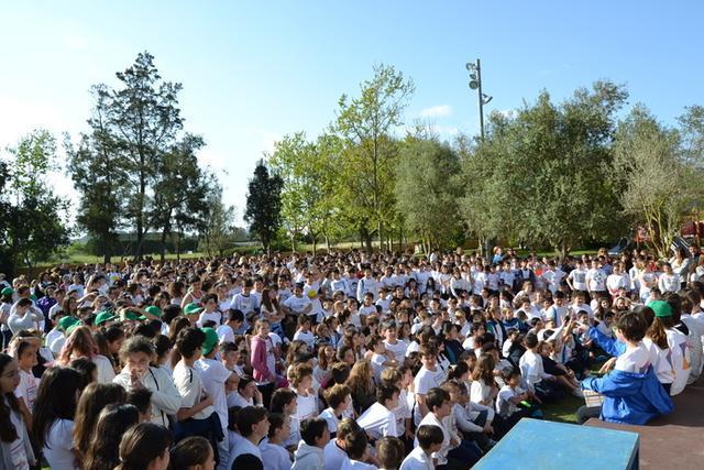 Casi un millar de niños y niñas han participado en la carrera (Foto: Ayto Manacor)