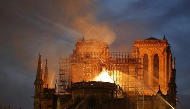 Imagen del devastador incendio (Foto: Twitter)