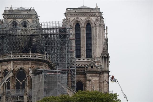 La catedral parisina, esta mañana