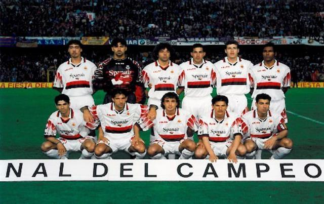 Arriba: Marcelino, Roa, Iván Campo, Mena, Romero y Engonga. Agachados: Valerón, Amato, Ezquerro, Stankovic y Olaizola