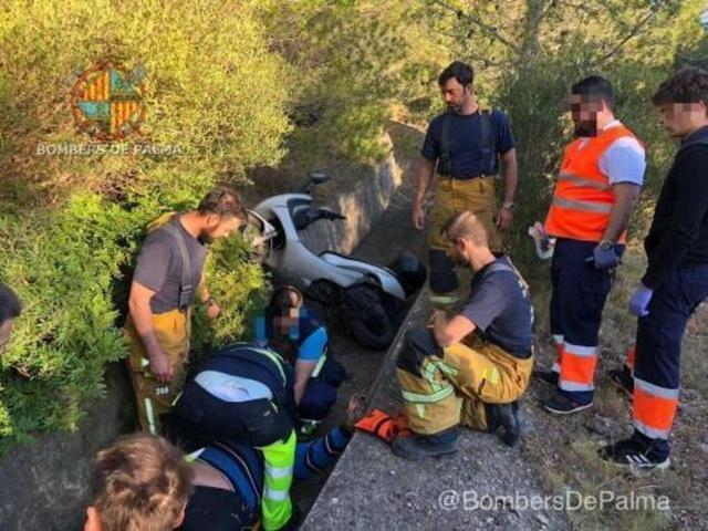 Los Bombers han rescatado al accidentado (Foto: Twitter)