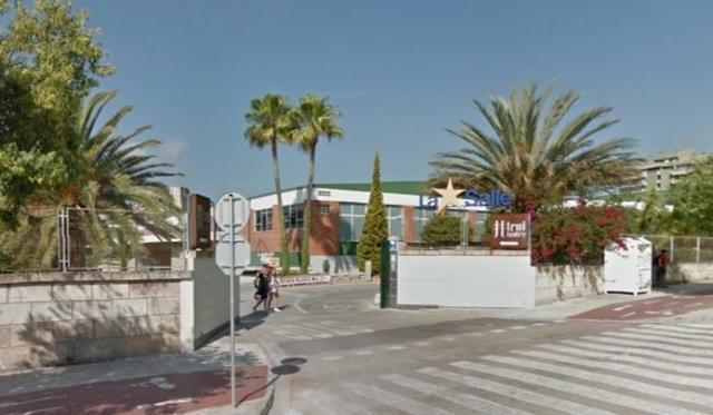La entrada del colegio concertado La Salle donde ocurrió el intento de secuestro (Foto: MallorcaConfidencial)