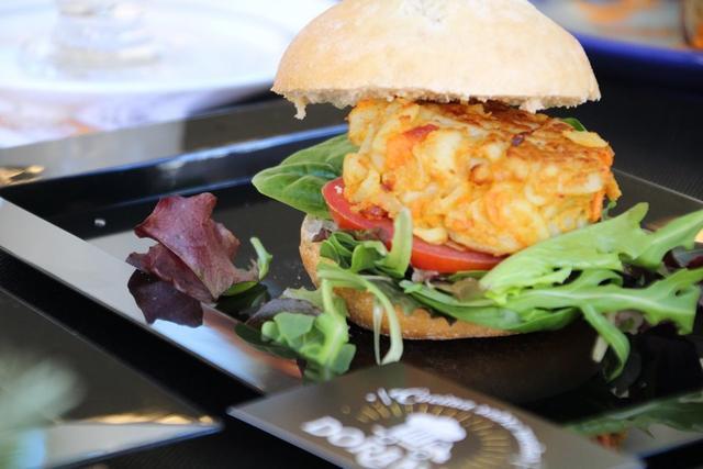 La hamburguesa vegana es un guiño al fast food de calidad y a la cocina de autor.