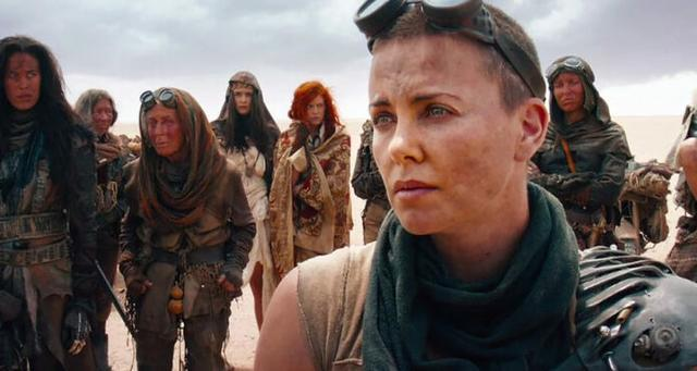 La oscarizada Mad Max: Furia en la carretera, de George Miller se ha alzado con el primer puesto de una encuesta internacional