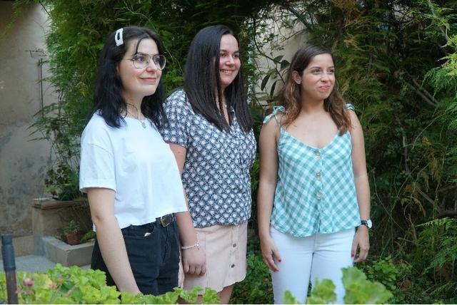 Joana Maria Calafat, Beata Mayor, con Catalina Maria Vallespir Nadal y Maria del Mar Bergas.