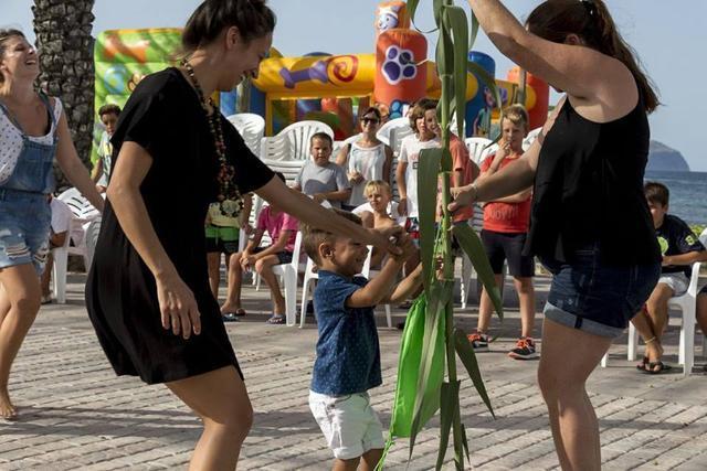 La 'Correguda de canyes i joies' es una actividad tradicional de las fiestas.