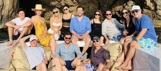 Bezos se relaja en Mallorca junto a sus amigos (Foto: Instagram)